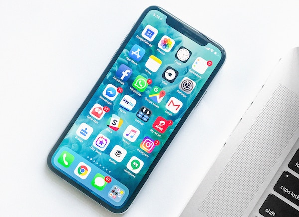 cell phone with apps